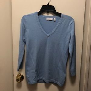 525 America Light Blue V-Neck Sweater, Small
